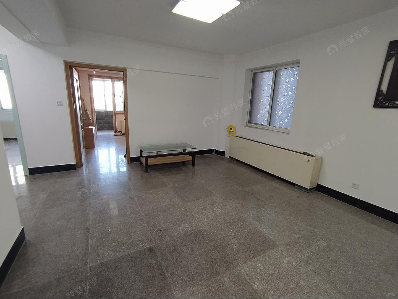 131.72平米三居室 采光好 小区位置方便 看房联系