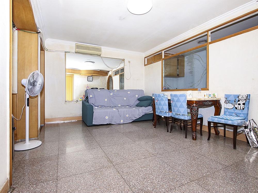 石门村路5号院一室一厅一卫