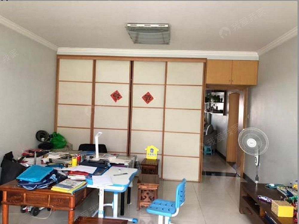 回南家园两居室业主直租,家具家电齐全拎包住
