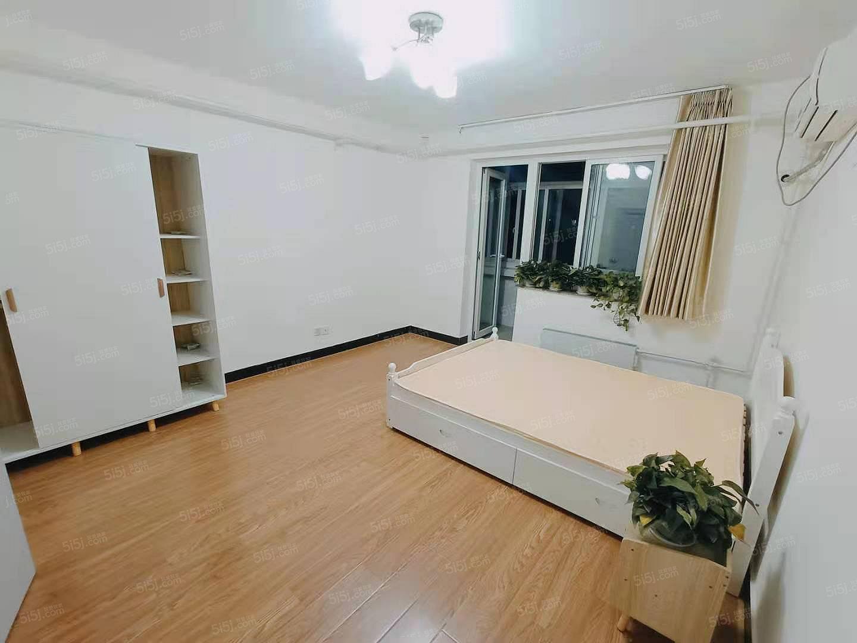 安贞门,惠新西街,超值2居,婚房装修,拎包入住