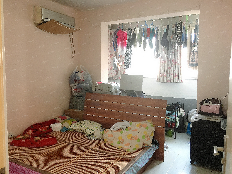 牡丹园 月季园小区两居室居  随时看