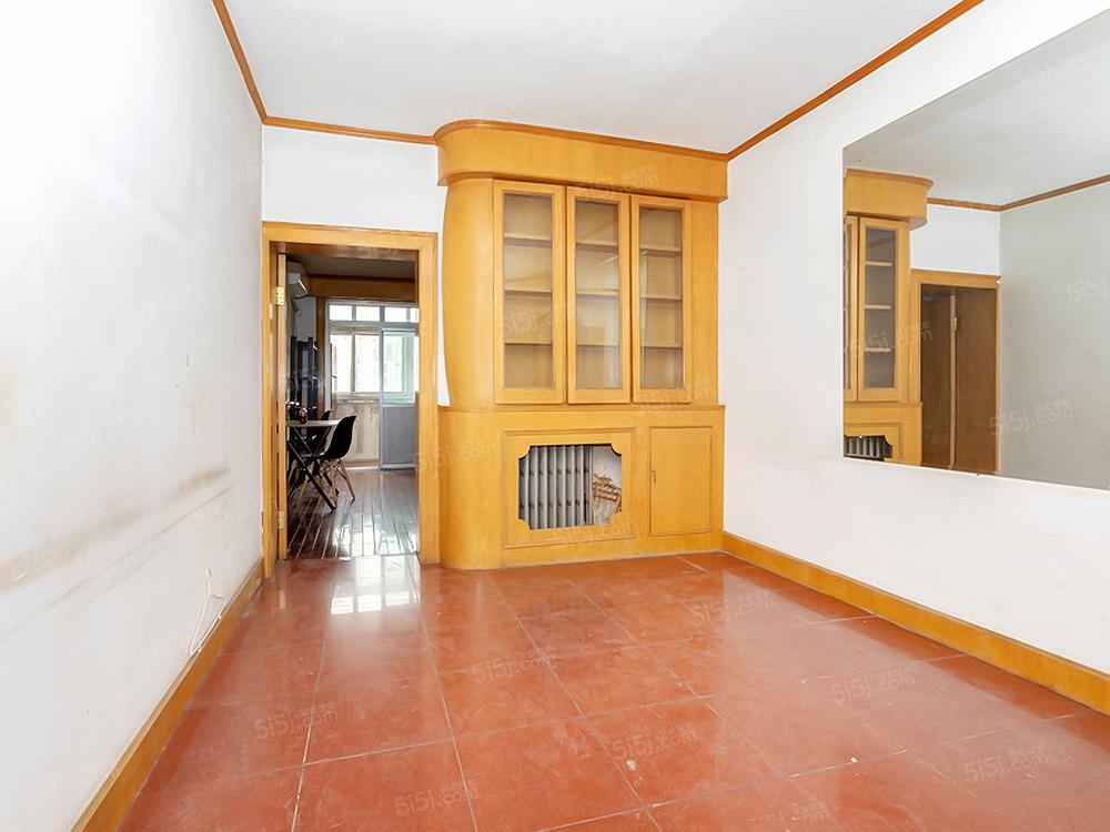新上南北通透两居室 大客厅 1997年楼龄 满五唯一