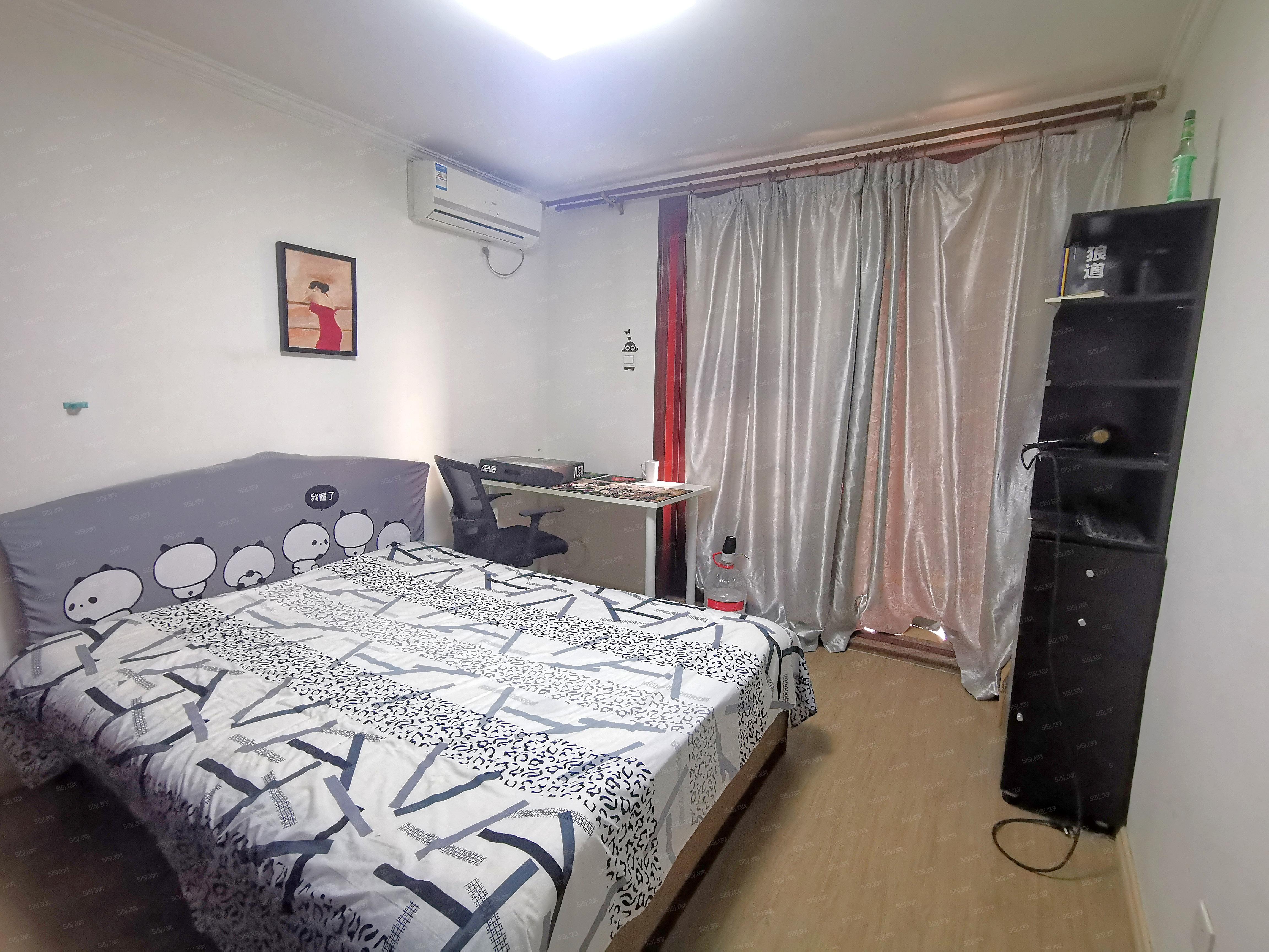 新上 都市馨园一居室 家具齐全 拎包入住